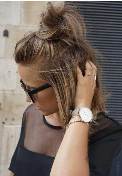 20 Stunning Messy Buns For Short Hair