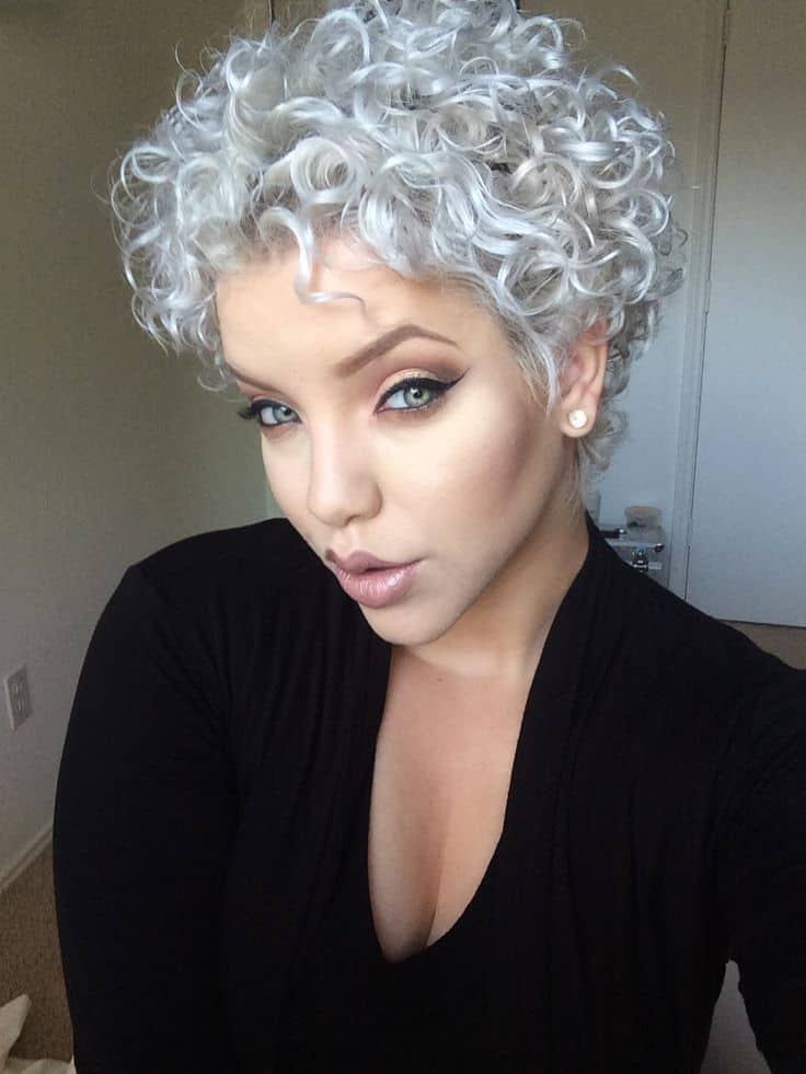 Short curly hairstyle for girl