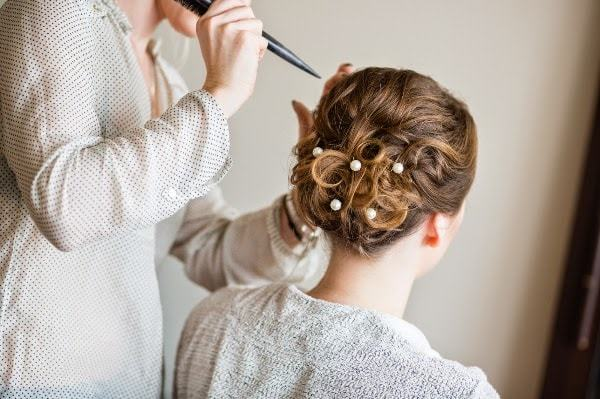 Creative Hairstyle for Bride-min