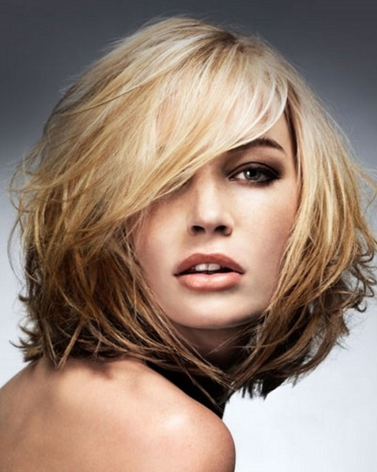 Hairstyles-for-Medium-Length-HairLayered-Haircut
