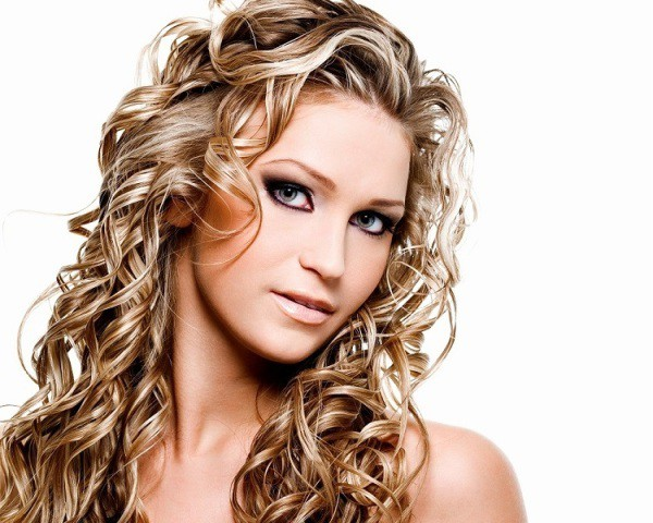 Peachy 50 Amazing Permed Hairstyles For Women Who Love Curls Hairstyle Inspiration Daily Dogsangcom