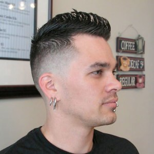 Cooles Faux Hawk Hairstyle For Men#1