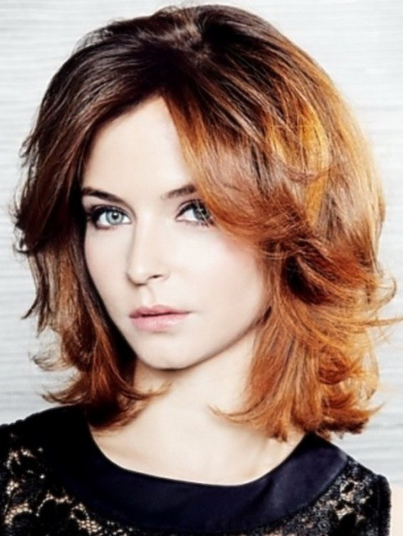 100 Artistic Medium Layered Hairstyles For Women Hairstylecamp