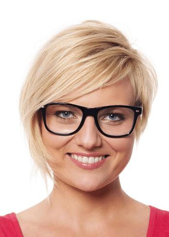 Nerd blonde women with short hair