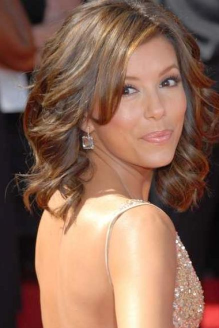 55 Artistic Medium Length Layered Hairstyles To Try