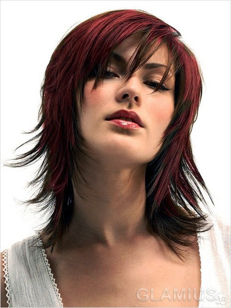50 Medium Shoulder Length Haircuts for Women 6