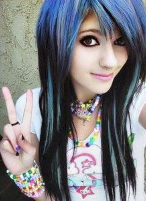 70 modish emo hairstyles for confident girls hairstylecamp 3 the blue emo hairstyle urmus Choice Image