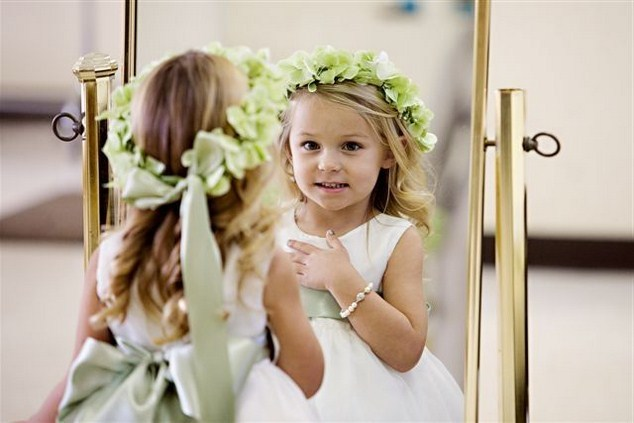 50 Cutest Flower Girl Hairstyles For Your Little Angel