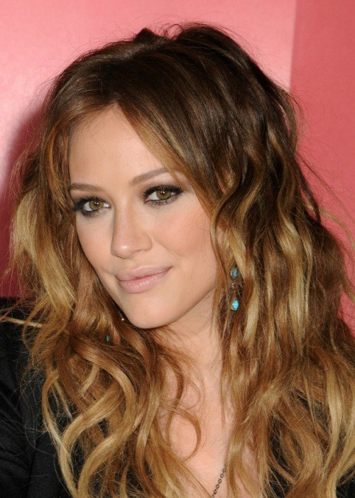 Wavy natural colored ombre hair for girl