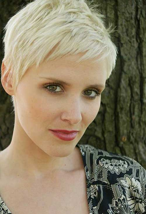 cropped pixie is a great idea for women with oval face shape. It ...