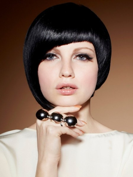 Short Haircuts for Women With Round Faces 36