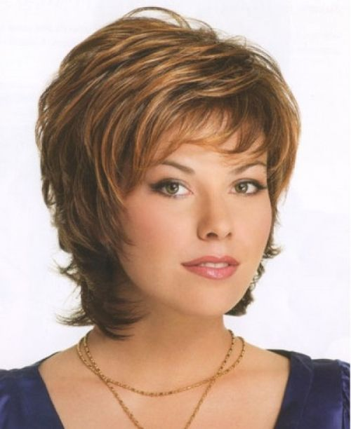short haircuts for women over age of 50 who has round face