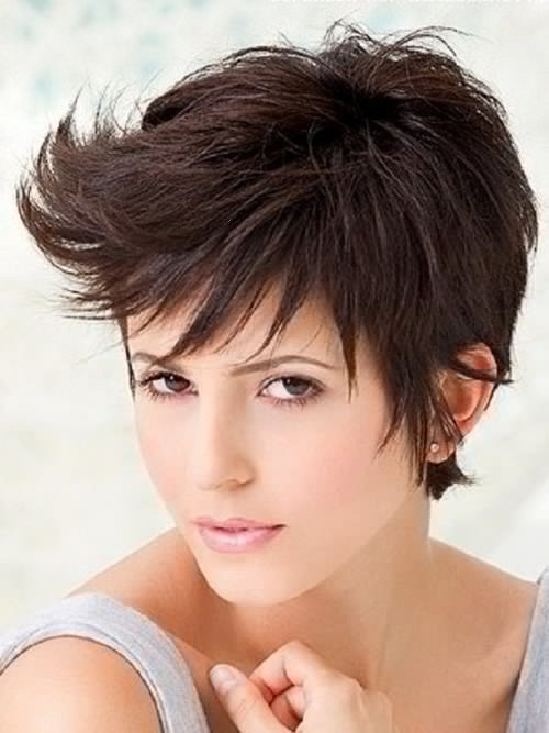 Short Hairstyles for Long Faces 15-min