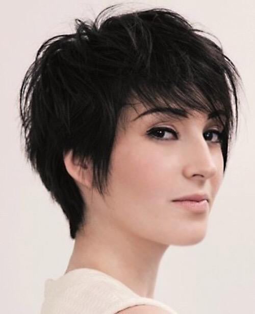 Short Hairstyles for Long Faces 18-min