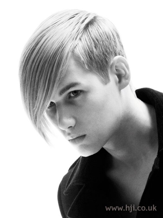 25 Highly Praised Skater Haircuts for Men – HairstyleCamp