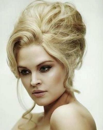 Beehive Hairdos for Women 15-min