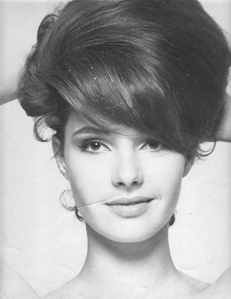 Beehive Hairdos for Women 4-min