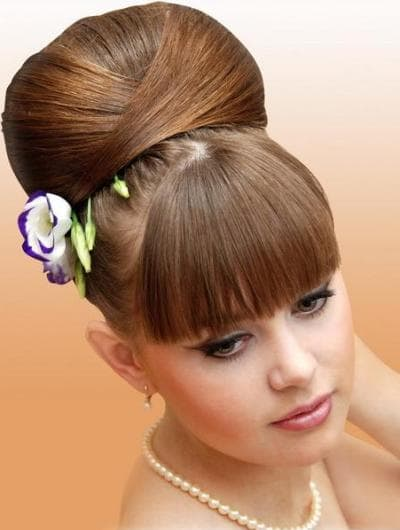 women beautiful Wedding beehive hairstyle