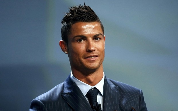 Most Popular Cristiano Ronaldo Haircuts To Try - Cristiano ronaldo haircut 2016