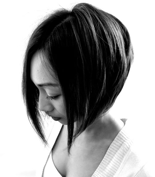 Short stacked bob hairstyles for women 17-min
