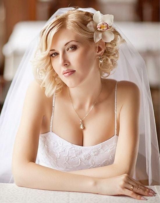 Short wedding hairstyles 8-min