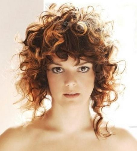 curly weave hairstyles for women 15-min