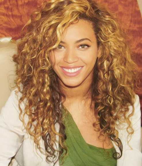 natural curly weave haircut for women