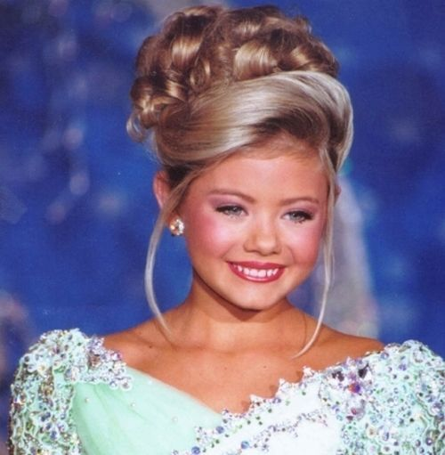 pageant hairstyles for women 7-min