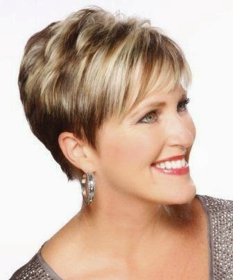 short hairstyles for women age 40 to 50 1-min
