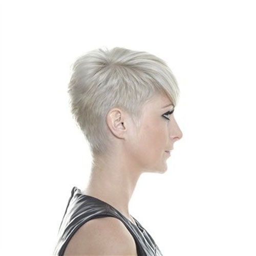short pixie hairstyles for women 3-min