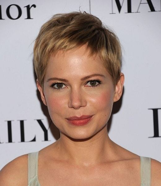 short pixie hairstyles for women 7-min