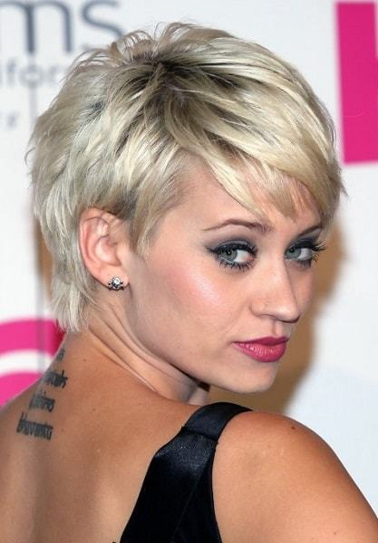 short pixie hairstyles for women 9-min