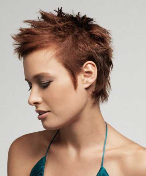 short spiky hairstyles for women 6-min