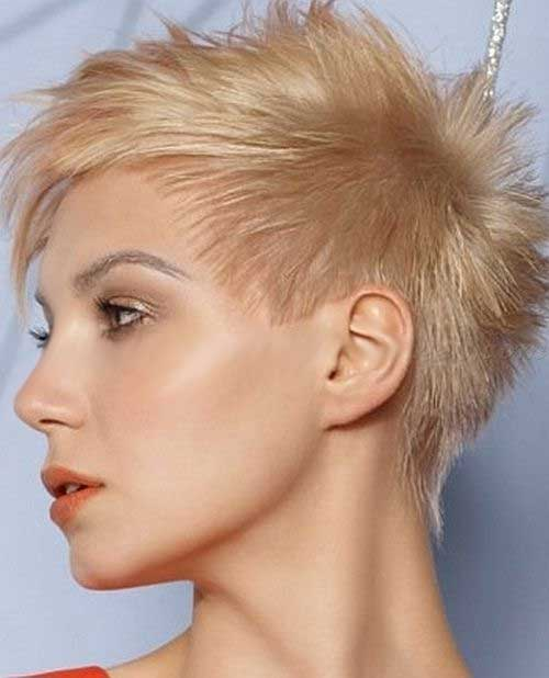short spiky hairstyles for women 9-min
