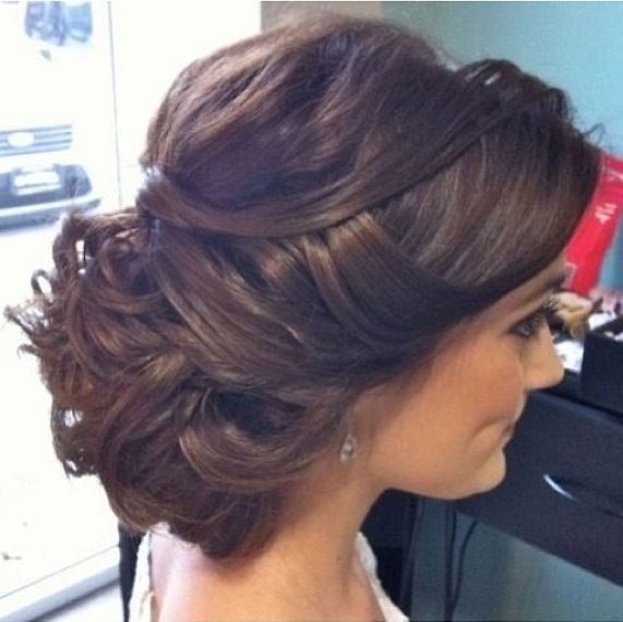 Surprising 12 Quick Sock Bun Hairstyles To Create Your Magnetic Image Hairstyles For Women Draintrainus
