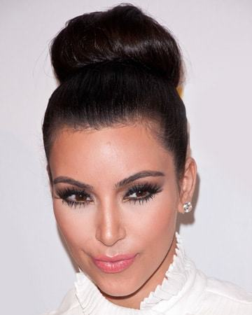 Quick Sock Bun Hairstyles To Create Your Magnetic Image - Bun hairstylecom