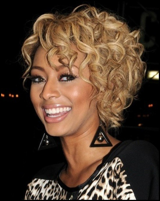 natural short curly blonde hairstyle