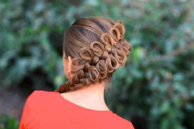 creative bow hairstyle