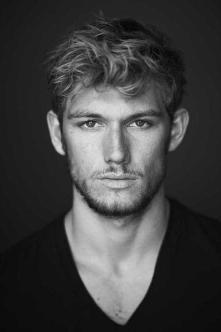 Curly Medium Hairstyle For Men
