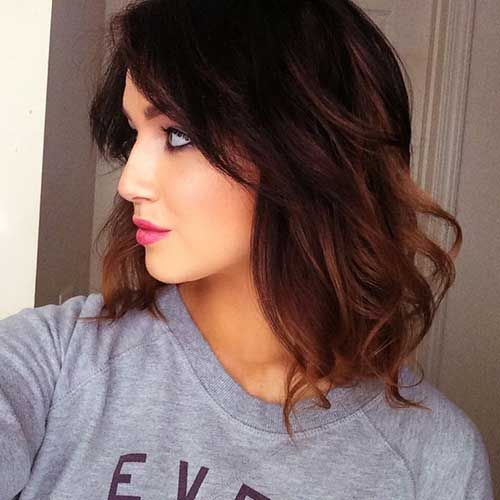 Wavy lob hairstyle for girl