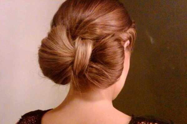 your favorite Loose bow hairstyle