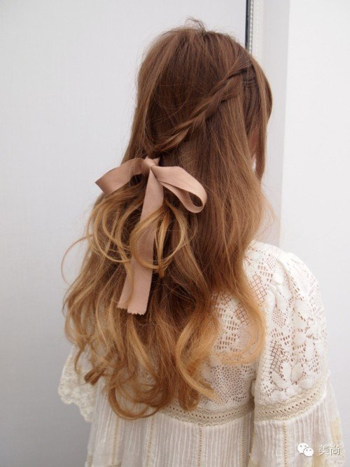 Silk bows hairstyle for nice girl