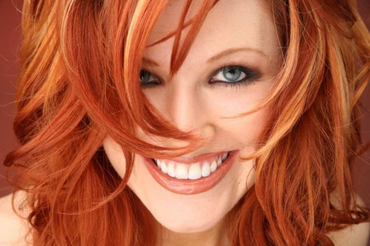 If You Are A Fiery Redhead There Is No Reason To Completely Change Your Look With Highlights Subtle Partial Will Give Hair Great