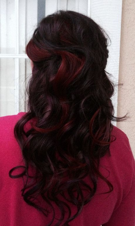 25 red highlights on black hair to gear up your style hairstylevill red highlights on black hair will look even more inviting if you decide to make a soft transition from dark red to black and then add a few bright red pmusecretfo Choice Image