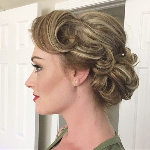 High shoulder length haircut