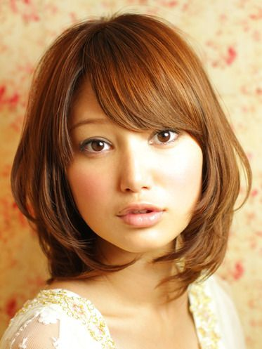 beautiful Layers haircut for asian girl