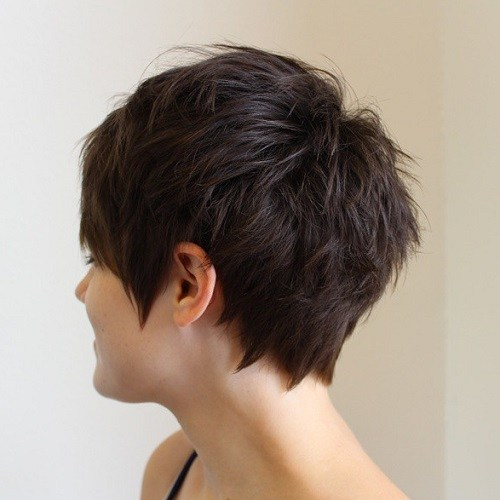 Sharp ends hairstyle for women