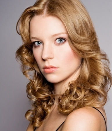 23 enticing loose curls for short hair to brighten up start by creating loose curls for short hair and then sew in the hair extensions with tight curls the overall image will be truly pmusecretfo Images