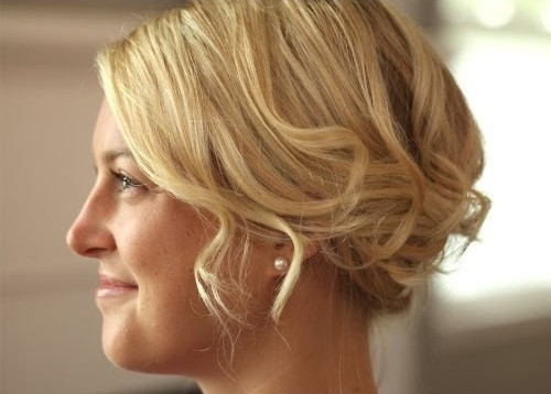 hairdos for medium hair for women