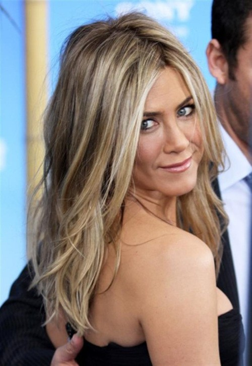 30 Epic Blonde Hairstyles With Lowlights To Look Like A Star